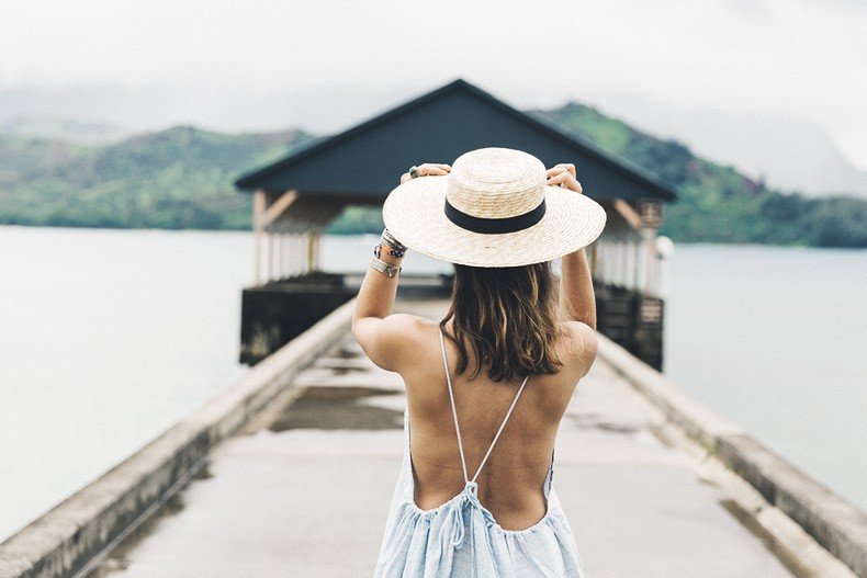 Hanaley_Bay-Kauai-Hawai-Travels-Tips-Sabo_Skirt_Dress-Straw_Hat-Lack_Of_Color-Outfit-Beach-Collage_Vintage-15
