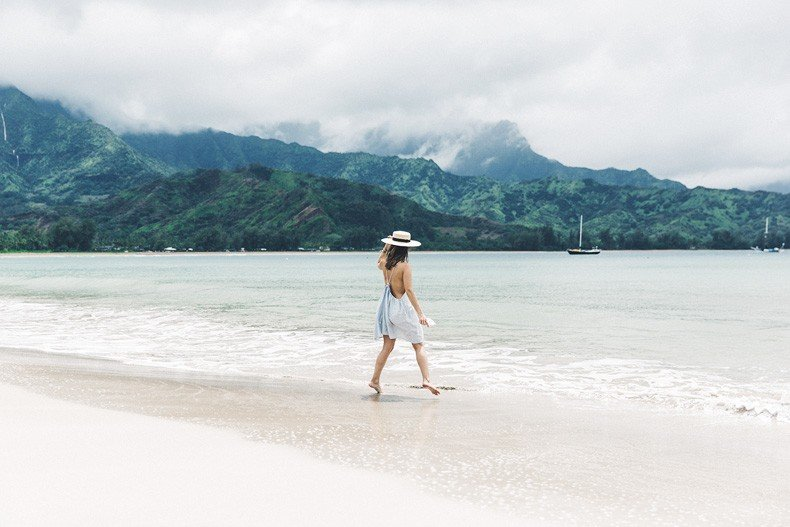 Hanaley_Bay-Kauai-Hawai-Travels-Tips-Sabo_Skirt_Dress-Straw_Hat-Lack_Of_Color-Outfit-Beach-Collage_Vintage-40