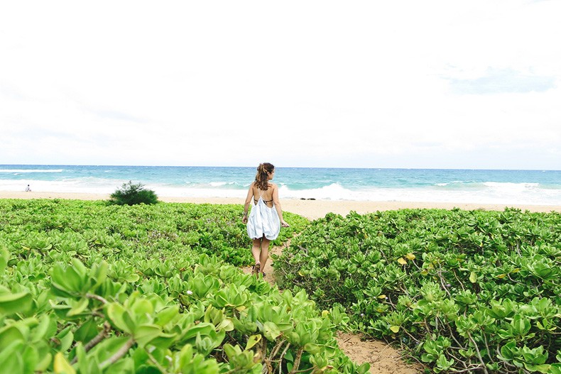 Hanaley_Bay-Kauai-Hawai-Travels-Tips-Sabo_Skirt_Dress-Straw_Hat-Lack_Of_Color-Outfit-Beach-Collage_Vintage-54