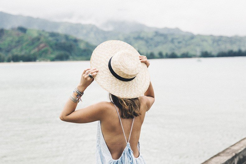 Hanaley_Bay-Kauai-Hawai-Travels-Tips-Sabo_Skirt_Dress-Straw_Hat-Lack_Of_Color-Outfit-Beach-Collage_Vintage-9