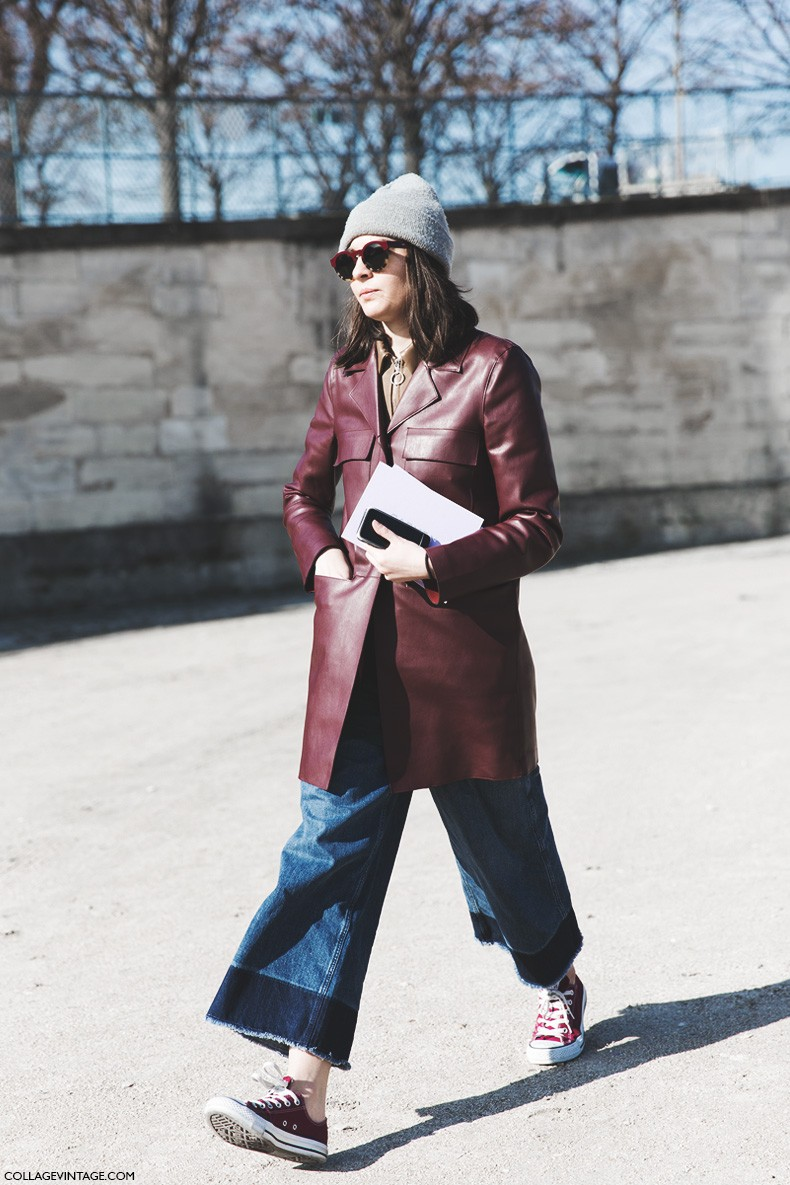 Paris_Fashion_Week-Fall_Winter_2015-Street_Style-PFW-Burgundy_Leather_Jacket-Flared_Jeans-Converse-