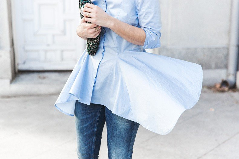 Ruffle_Shirt-Topshop_Skinny_JEans-BEaded_Clucth-Red_Sandals-Karen_Walker_Sunnies-Outfit-Street_Style-36