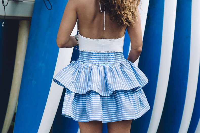 Ruffle_Striped_Skirt-Knit_Top-Pull_and_Bear-Beach-Converse-Beach_Outfit-Kauia-Travels-Hawaii-31