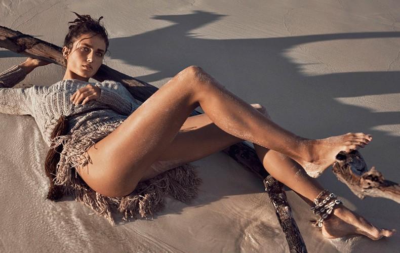Andreea_Diaconu-Editorial-Vogue_Paris_May_2015-