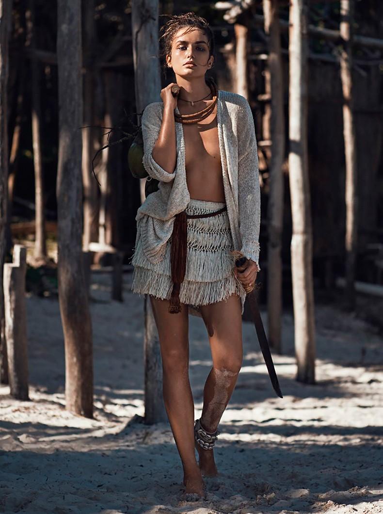 Andreea_Diaconu-Editorial-Vogue_Paris_May_2015-2
