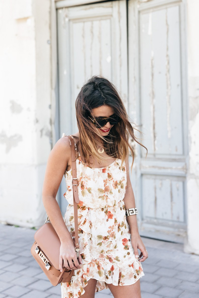 Floral_Dress-Mango-Alexander_Wang_Lace_Up_Shoes-Proenza_Schouler_Bag-Outfit-Street_Style-Collage_Vintage-17