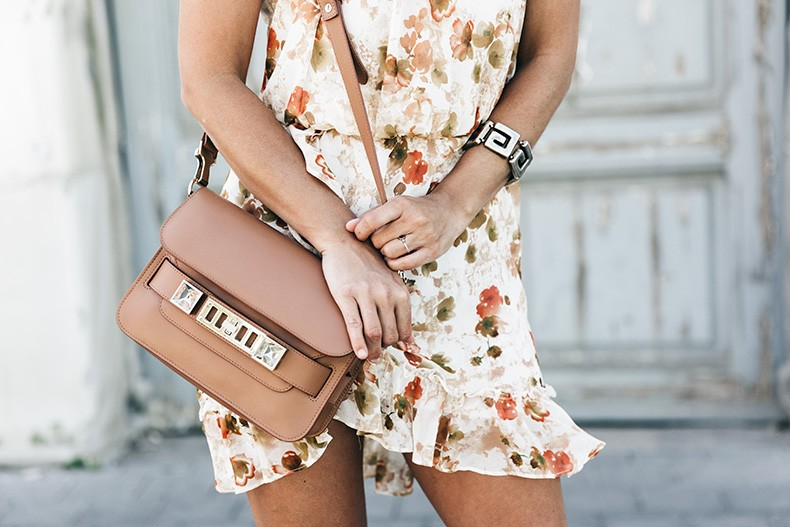 Floral_Dress-Mango-Alexander_Wang_Lace_Up_Shoes-Proenza_Schouler_Bag-Outfit-Street_Style-Collage_Vintage-25