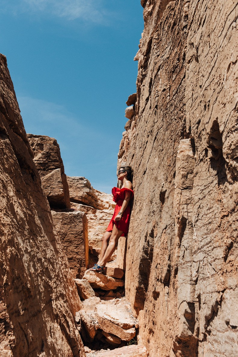 Gooseneck_State_Park-Glen_Canyon-Natural_Bridges-Utah-Chicwish-Off_The_Shoulders_Dress-Red-Converse-Collage_Vintage-Road_Trip-20