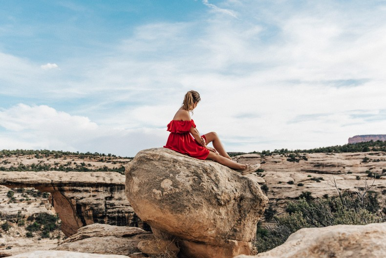 Gooseneck_State_Park-Glen_Canyon-Natural_Bridges-Utah-Chicwish-Off_The_Shoulders_Dress-Red-Converse-Collage_Vintage-Road_Trip-94