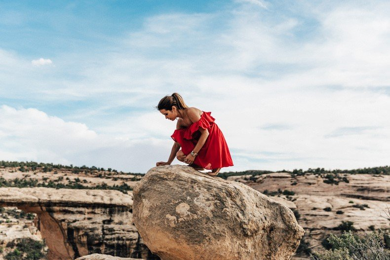 Gooseneck_State_Park-Glen_Canyon-Natural_Bridges-Utah-Chicwish-Off_The_Shoulders_Dress-Red-Converse-Collage_Vintage-Road_Trip-96