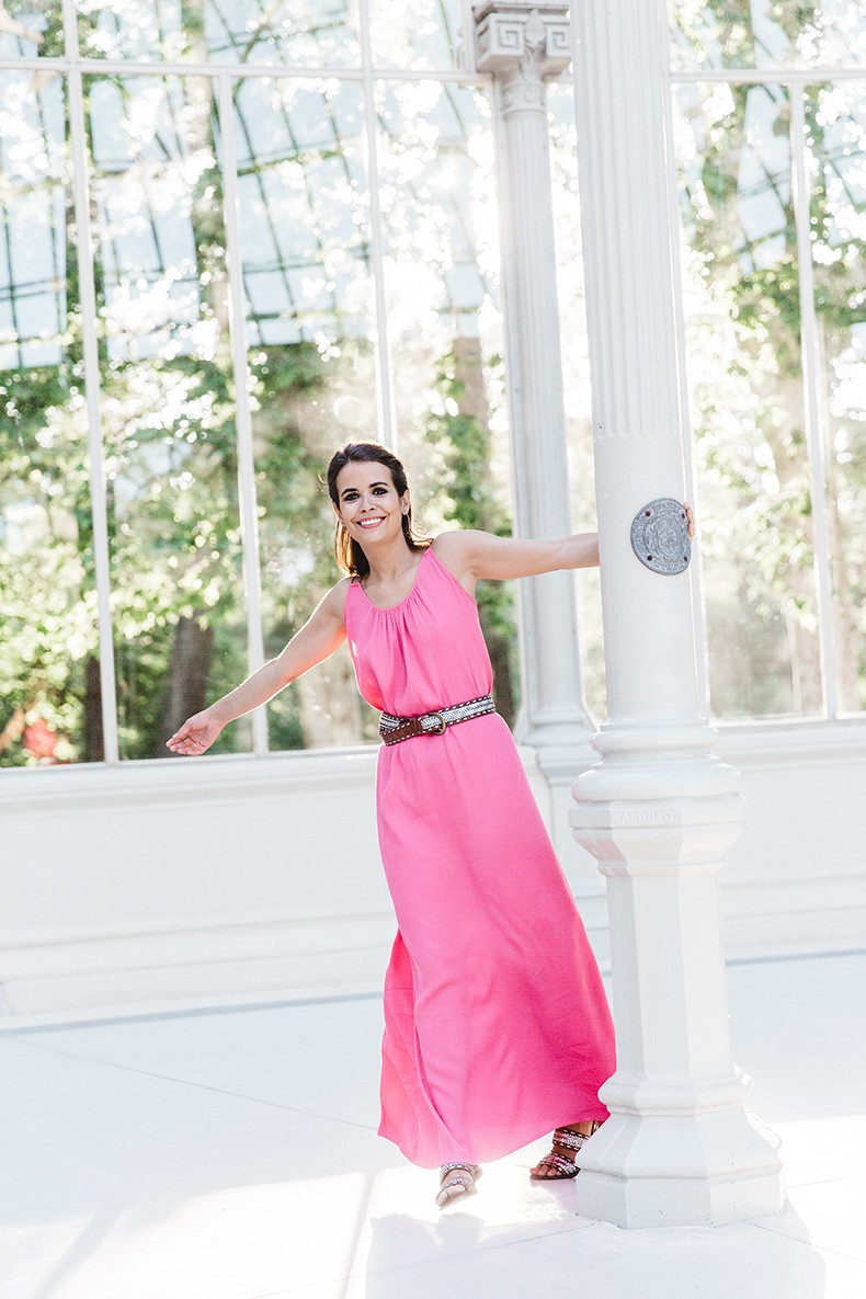 Maje_Gysept_Collection-Long_Pink_Dress-Brown_Sandals-Outfit-Collage_Vintage-Palacio_Cristal-39