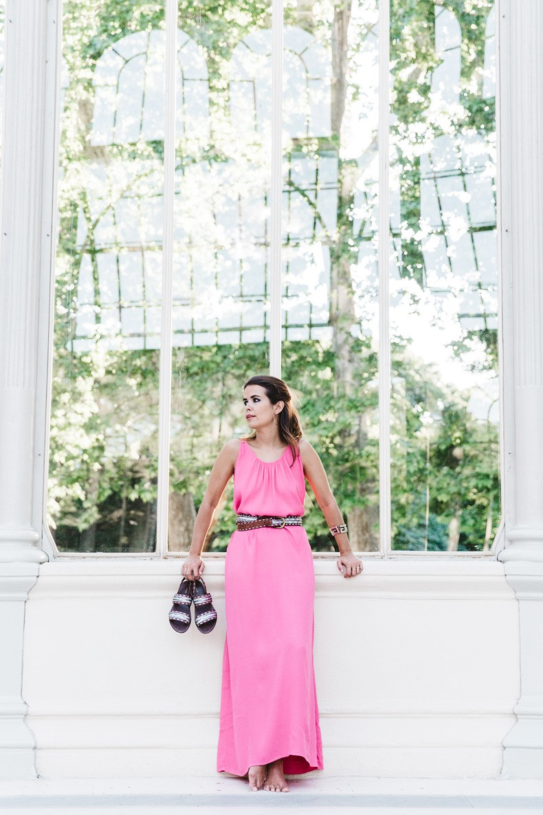 Maje_Gysept_Collection-Long_Pink_Dress-Brown_Sandals-Outfit-Collage_Vintage-Palacio_Cristal-45
