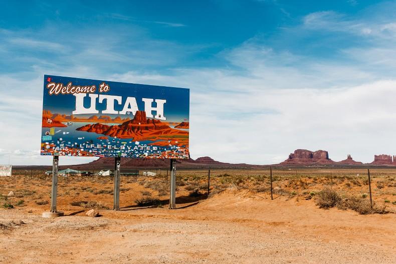 Monument_Valley-Utah-Collage_Vintage-USA_Road_Trip-100