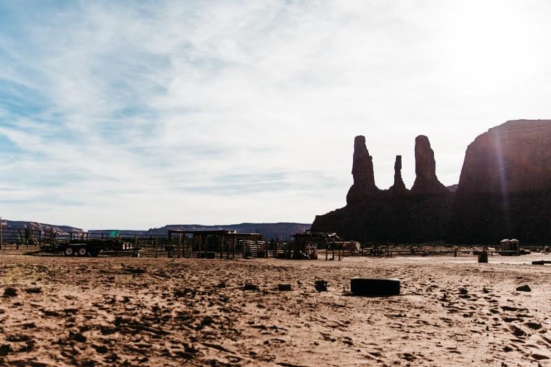 Monument_Valley-Utah-Collage_Vintage-USA_Road_Trip-86