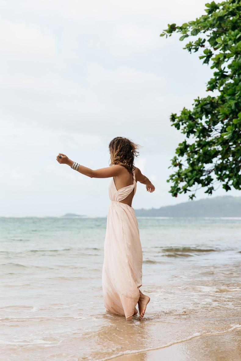 Pink_dress-Open_Back-SaboSkirt-Beach-Anini_Beach-Kauai-Outfit-Street_Style-48