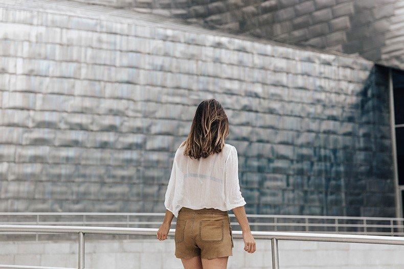 Polo_Ralph_Lauren-Bilbao-Collage_Vintage-Ruffled_Lace_Up_Blouse-Deerskin_Fringe_Short-Cardigan-Raffia_Wedges-Guggenheim-44