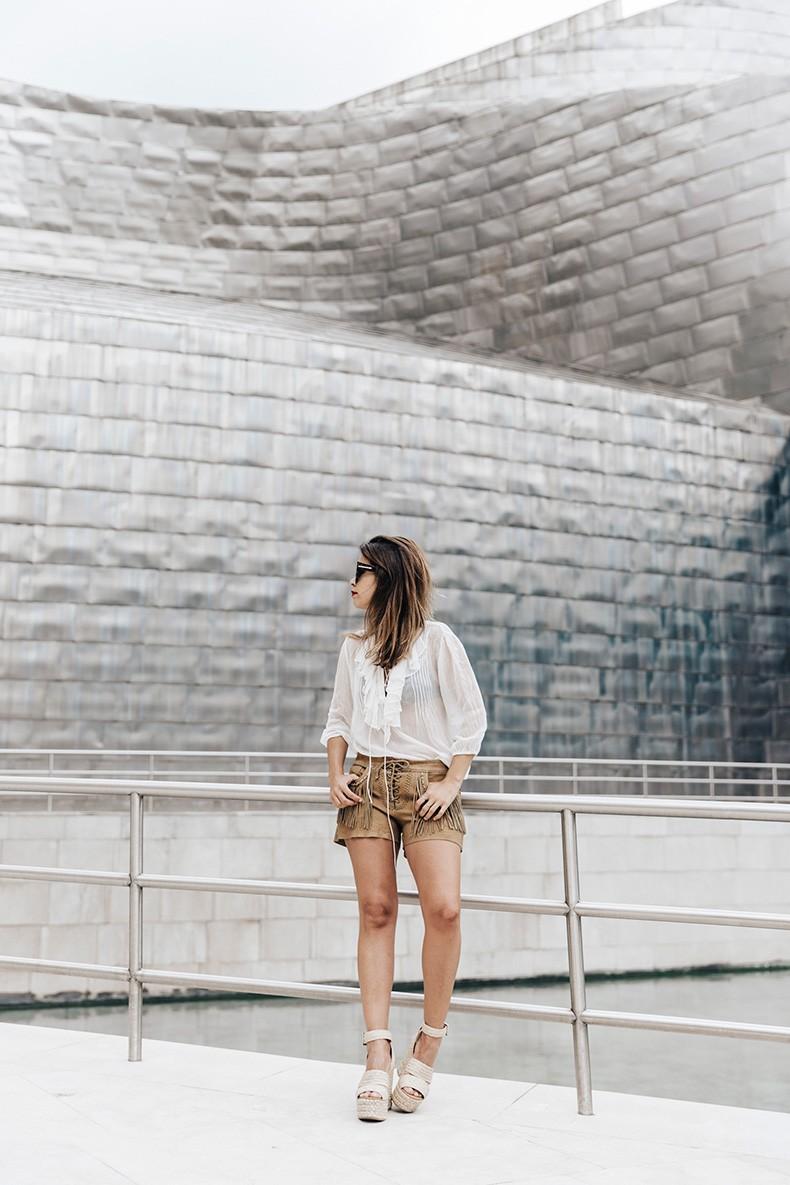 Polo_Ralph_Lauren-Bilbao-Collage_Vintage-Ruffled_Lace_Up_Blouse-Deerskin_Fringe_Short-Cardigan-Raffia_Wedges-Guggenheim-49