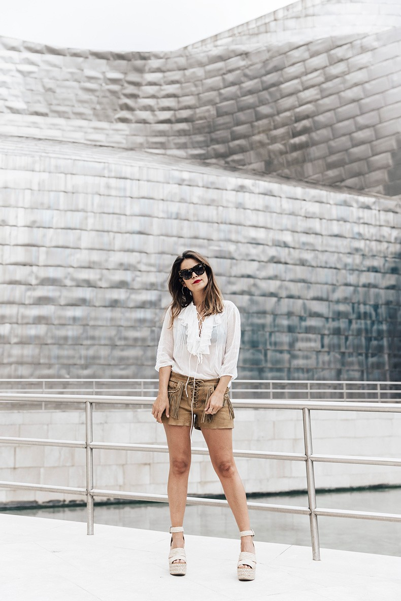Polo_Ralph_Lauren-Bilbao-Collage_Vintage-Ruffled_Lace_Up_Blouse-Deerskin_Fringe_Short-Cardigan-Raffia_Wedges-Guggenheim-53