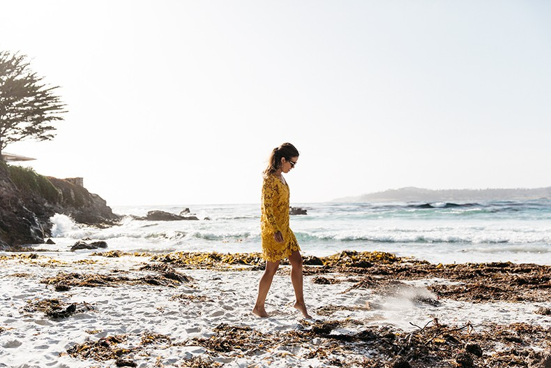 Carmel_By_The_Sea-Collage_On_The_Road-Lace_Dress-Yellow-Beach_outfit-Collage_Vintage-7