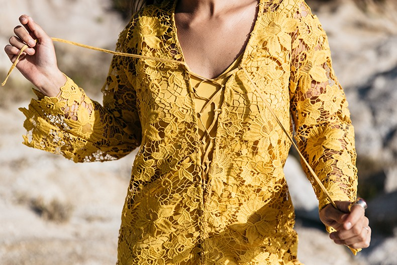 Carmel_By_The_Sea-Collage_On_The_Road-Lace_Dress-Yellow-Beach_outfit-Collage_Vintage-9