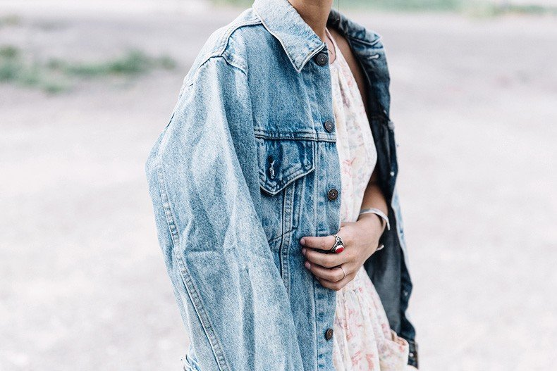 Collage_Vintage_On_The_Road-Idaho-Floral_Dress-Denim_Jacket-Urban_Outfitters-Levis-Outfit-Twin_Falls-19