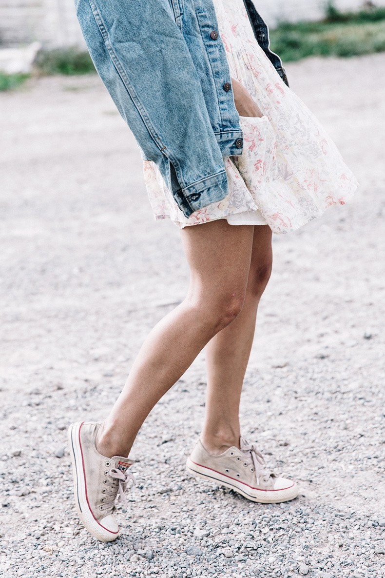 Collage_Vintage_On_The_Road-Idaho-Floral_Dress-Denim_Jacket-Urban_Outfitters-Levis-Outfit-Twin_Falls-31