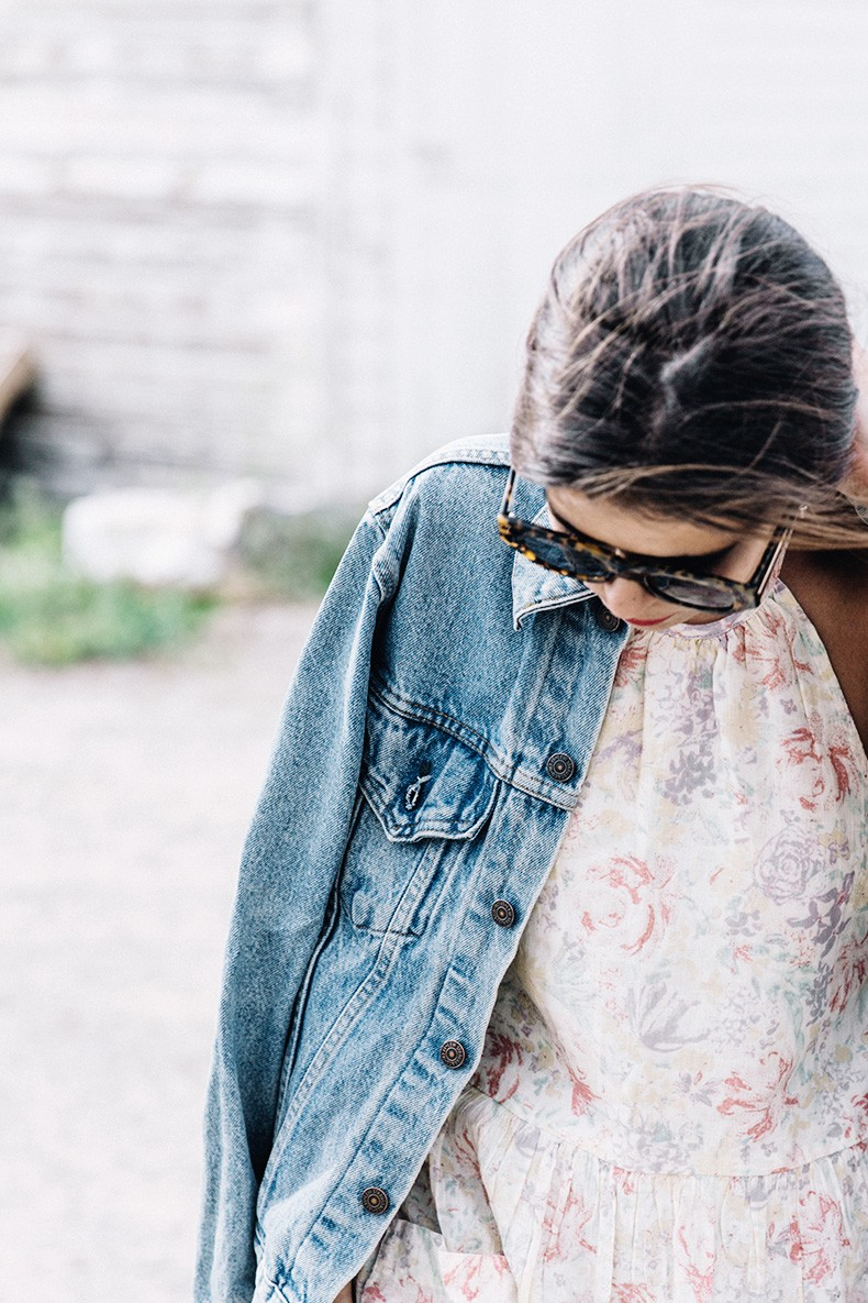 Collage_Vintage_On_The_Road-Idaho-Floral_Dress-Denim_Jacket-Urban_Outfitters-Levis-Outfit-Twin_Falls-35