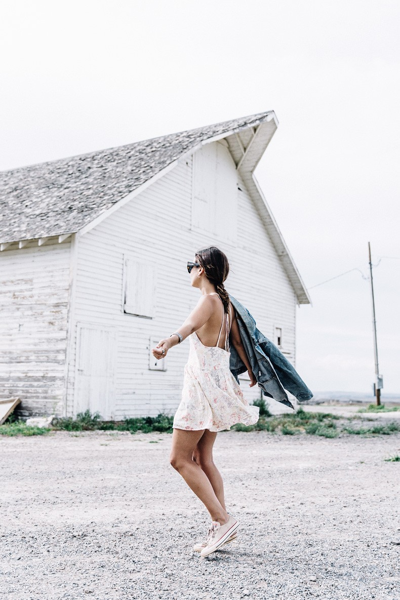 Collage_Vintage_On_The_Road-Idaho-Floral_Dress-Denim_Jacket-Urban_Outfitters-Levis-Outfit-Twin_Falls-46