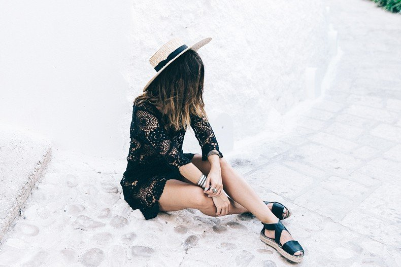Crochet_Dress-Straw_Hat-Lack_Of_Color-Beach_Outfit-Black_Espadrilles-Italy-38