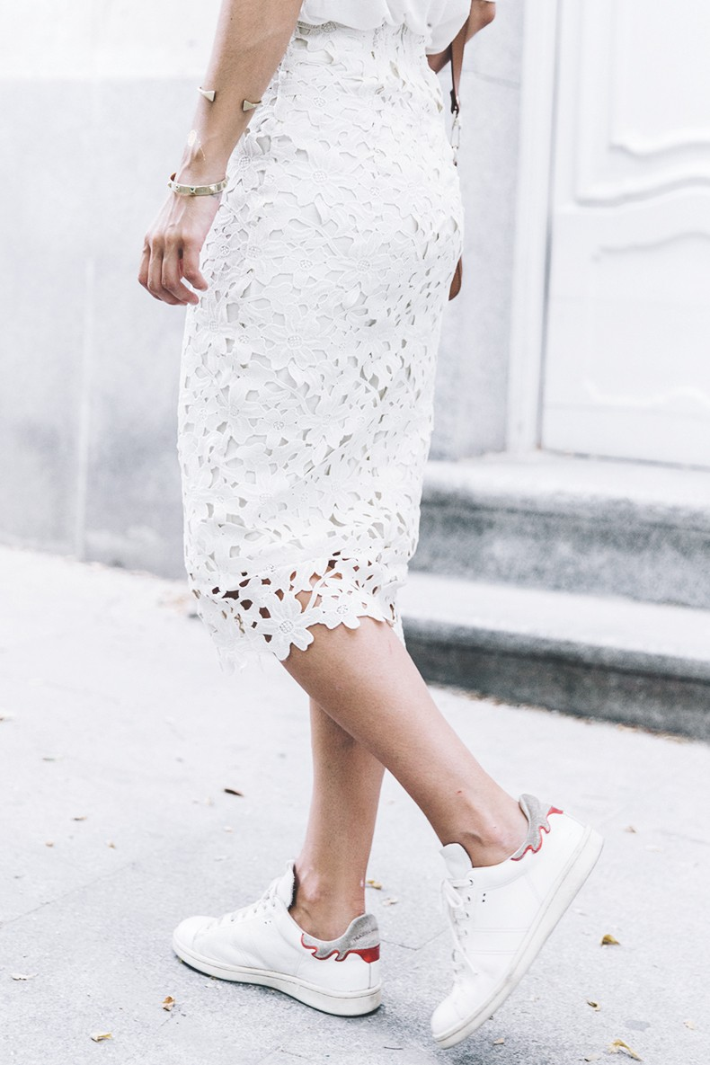 Lace_Midi_Skirt-Chicwish-Isabel_Marant_Bart_Sneakers-Proenza_Schouler-Outfit-Street_Style-Collage_Vintage-