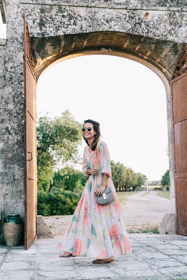 Long_Dress-ChicWish-Floral_Print-Lace_Up_Sandals-Chloe_Girls-Outfit_Street_Style-Naturalis_Bio_Resort-1
