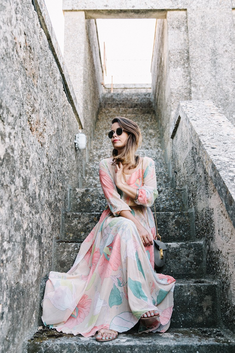Long_Dress-ChicWish-Floral_Print-Lace_Up_Sandals-Chloe_Girls-Outfit_Street_Style-Naturalis_Bio_Resort-14