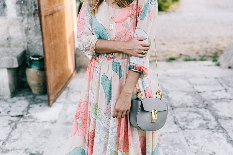 Long_Dress-ChicWish-Floral_Print-Lace_Up_Sandals-Chloe_Girls-Outfit_Street_Style-Naturalis_Bio_Resort-22