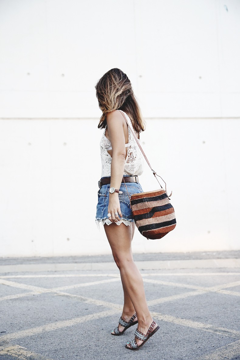 Mulafest-Lace_Top-Levis_Vintage-Maje_Sandals-Urban_Outfitters_Bag-Outfiit-Summer-1