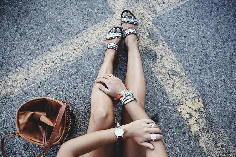 Mulafest-Lace_Top-Levis_Vintage-Maje_Sandals-Urban_Outfitters_Bag-Outfiit-Summer-18