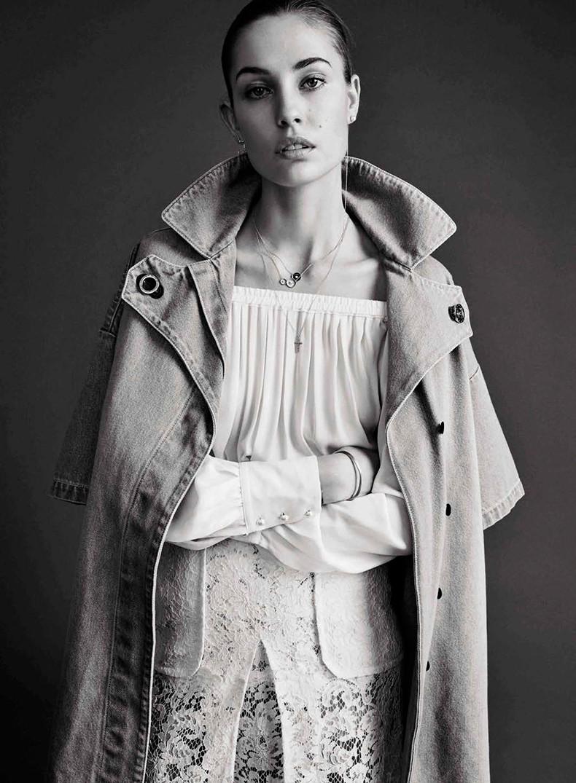 Nadja_Bender-Vogue_Spain-July_2015-Editorial-Magazine-