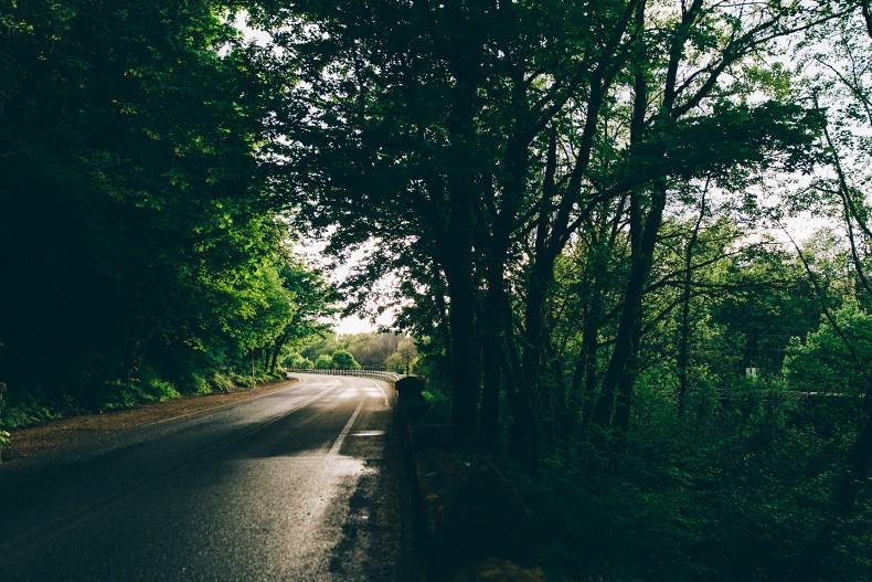 Oregon-Multnomah_Falls-Khaki_Jumpsuit-Denim_Jacket-Lace_Up_Espadrilles-Outfit-Collage_On_The_Road-30
