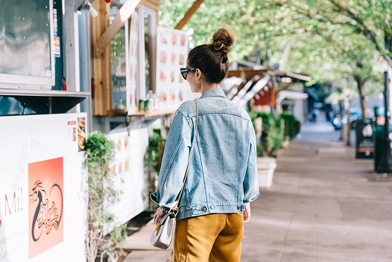 Portland-Striped_Top-ISabel_Marant_Sneakers-Denim_Jacket-Collage_on_The_Road-Street_Style-Usa_Road_Trip-20