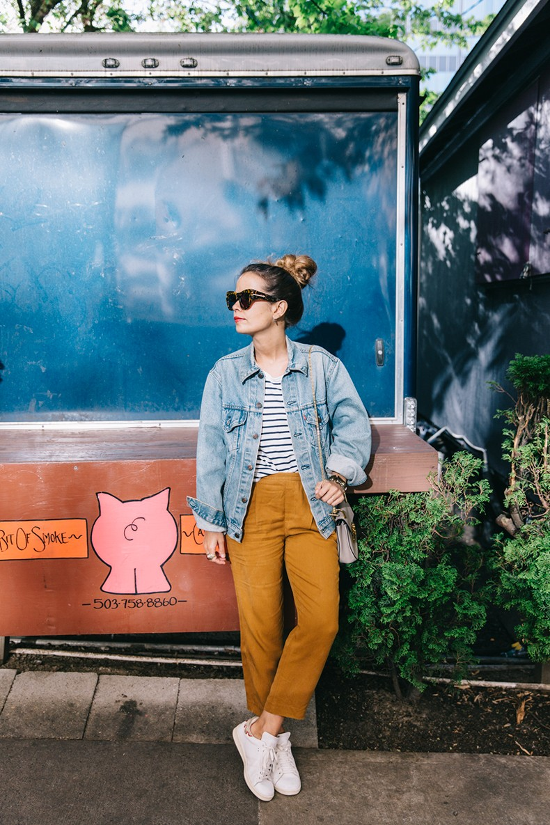 Portland-Striped_Top-ISabel_Marant_Sneakers-Denim_Jacket-Collage_on_The_Road-Street_Style-Usa_Road_Trip-30