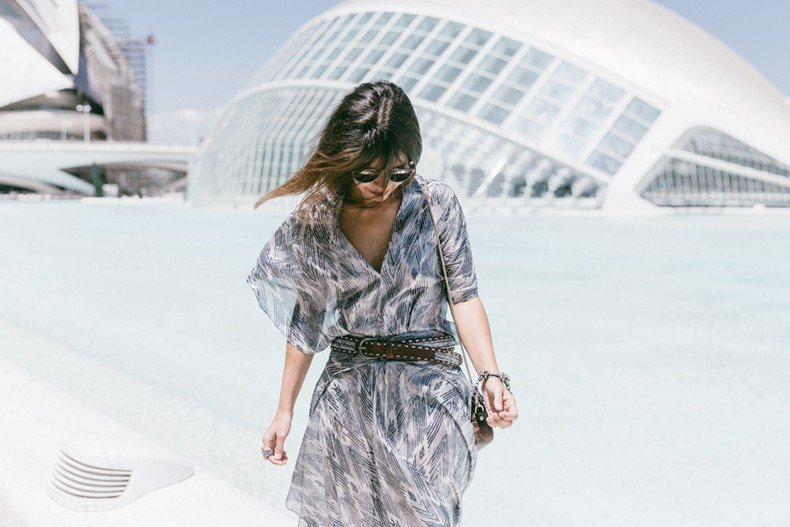 Tomorrowland-Valencia-Maje-Long_Dress-Snake_Bag-Silver_Sandals-Outfit-Street_Style-11