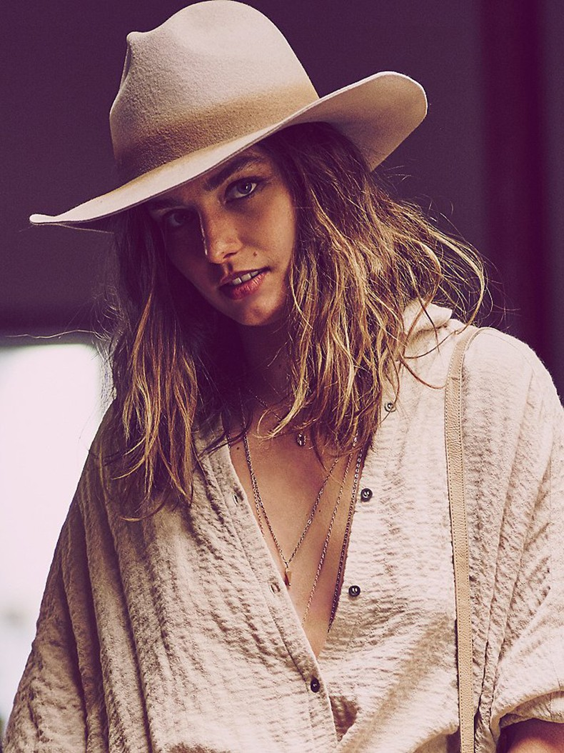 Andreea_Diaconu-Free_People-Lookbook_July_2015-7