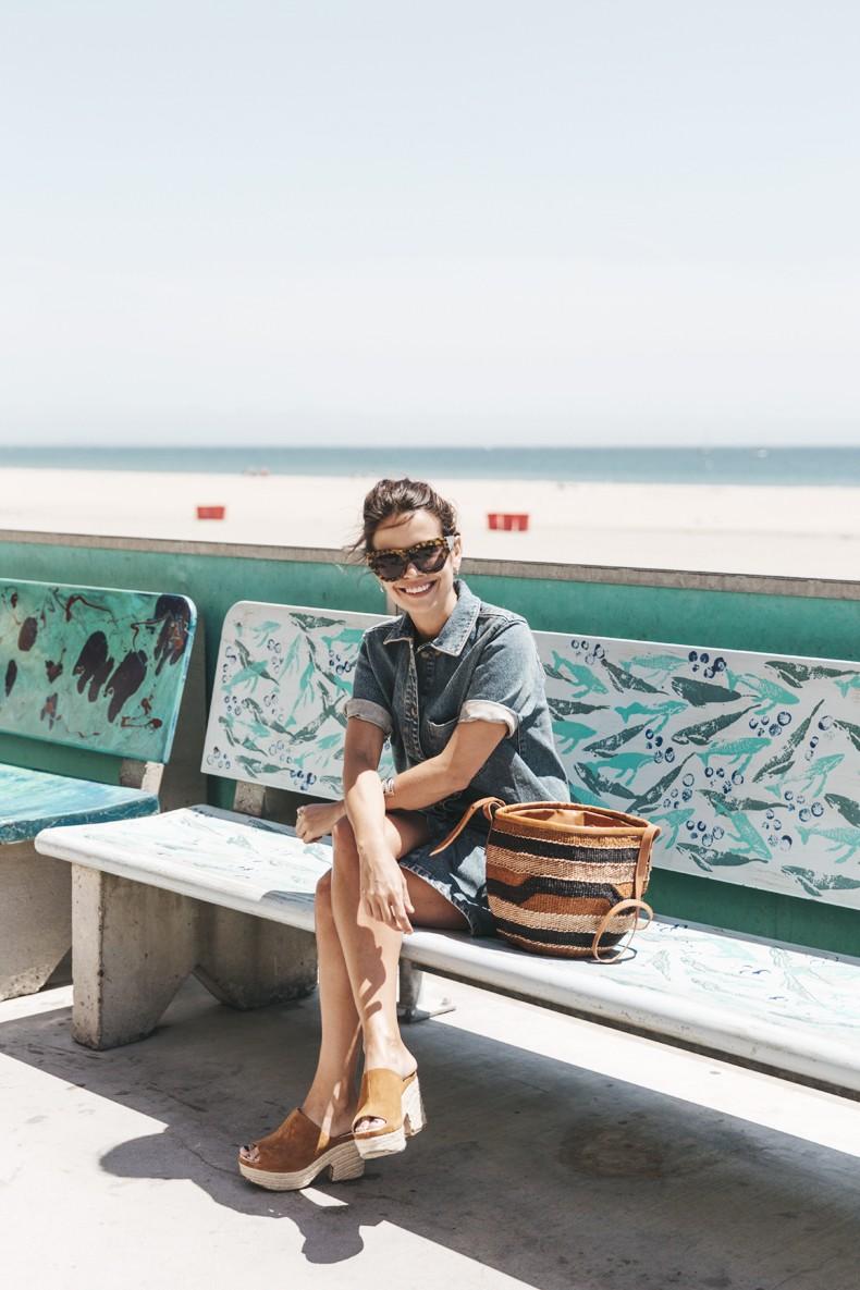 BoardWalk-Santa_Cruz-Denim_Dress-Topshop-Suede_Clogs-Street_Style-Outfit-23