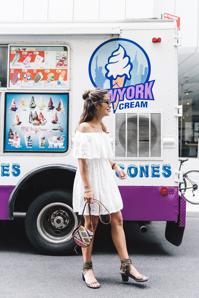 New_York-Off_The_Shoulders-Lace_Dress-Chicwish-Outfit-Wavy_Hair-Outfit-Street_Style-White_Dress-Collage_VIntage-22