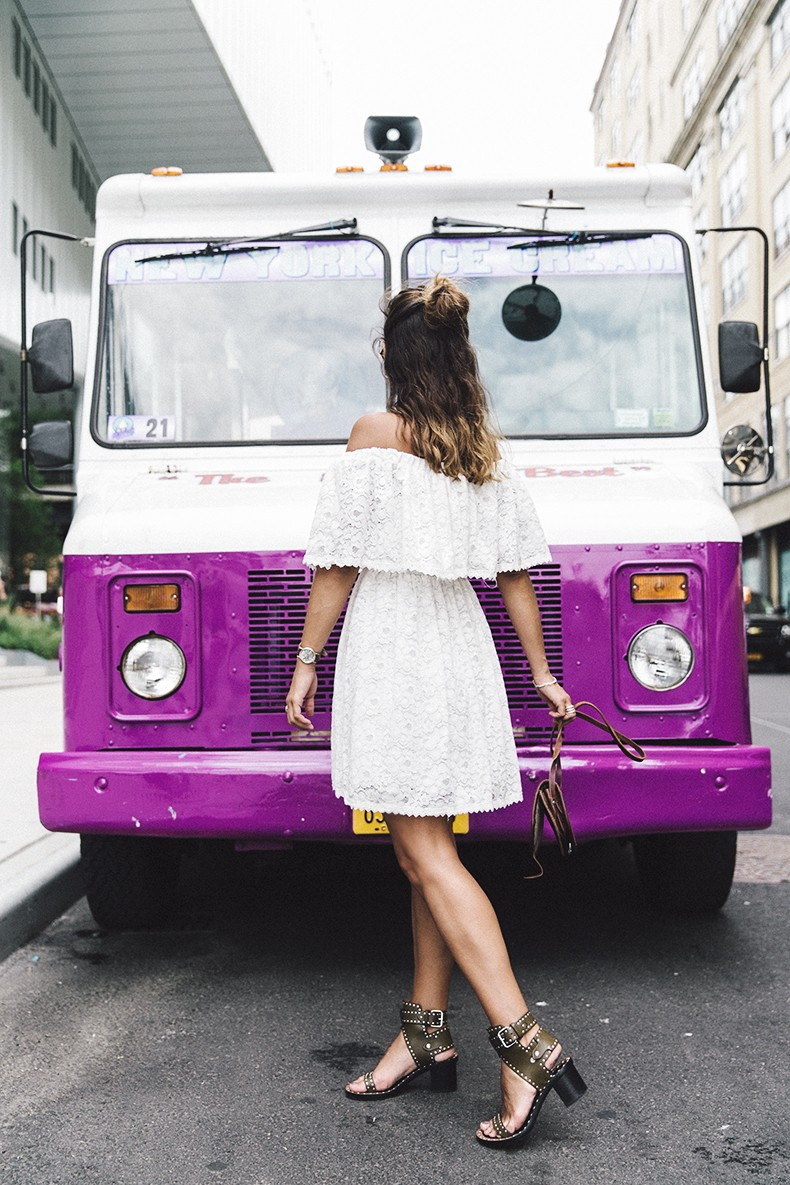 New_York-Off_The_Shoulders-Lace_Dress-Chicwish-Outfit-Wavy_Hair-Outfit-Street_Style-White_Dress-Collage_VIntage-25