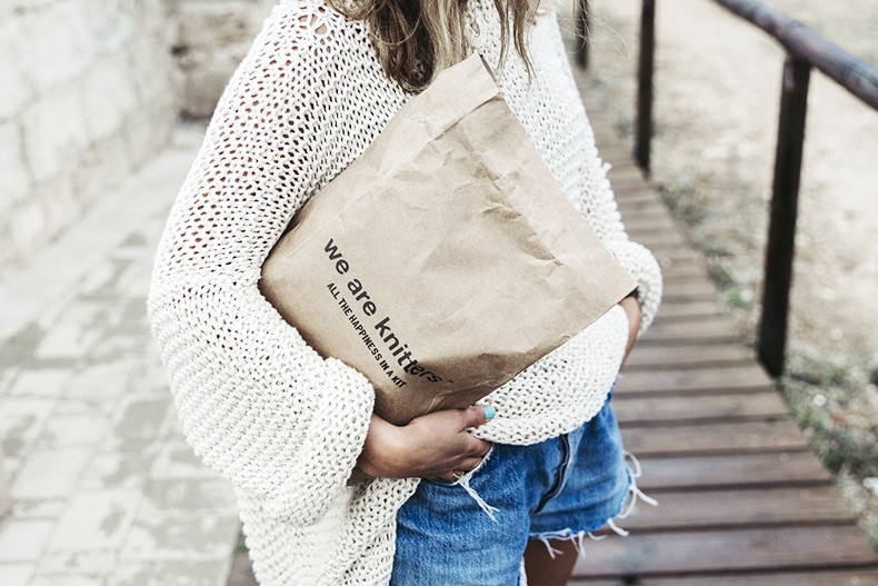 Open_Back_Knitwear-We_are_Knitters-Levis-Shorts-Isabel_Marant_Sandals-Outfit-Hat-Italy_Road_Trip-San_Vito-29
