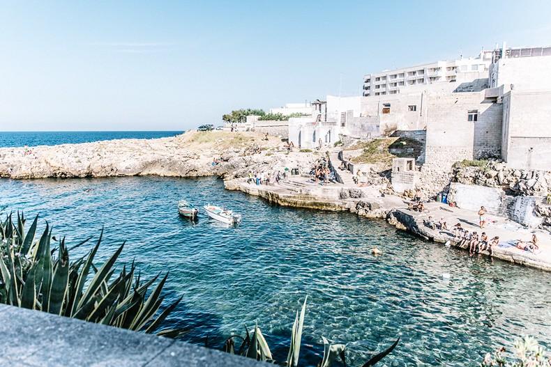Oysho-Bikini-Puglia-Beach_Outfit-Polignano_A_Mare-10