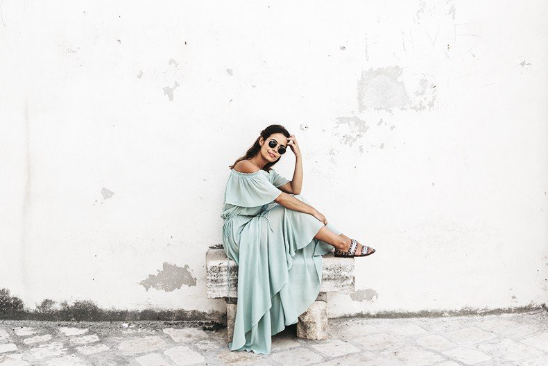 Polignano_A_Mare-Guerlain-Beauty_Road_Trip-Long_Dress-Chole_Bag-Outfit-Street_Style-Italy-19