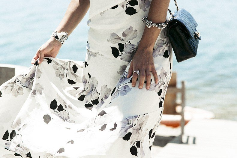 Revolve_In_The_Hamptons-Privacy_Please_Dress-Floral_Print-Black_Espadrilles-Chanel_Bag-Outfit-Street_Style-Pop_Up_Revolve-Collage_Vintage-31