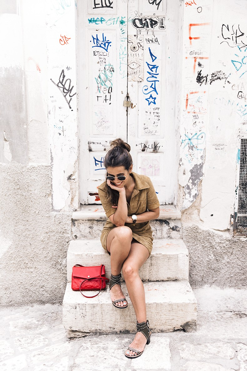 Suede_Dress-Louis_Vuitton_Red_Bag-Monogram.Isabel_Marant_Sandals-Outfit-Street_Style-Conversano-Italy_Road_Trip-