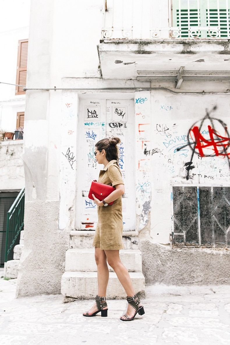 Suede_Dress-Louis_Vuitton_Red_Bag-Monogram.Isabel_Marant_Sandals-Outfit-Street_Style-Conversano-Italy_Road_Trip-6